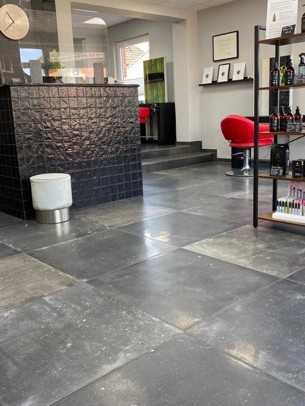 Haircut Bergen Salon Innen Eingang